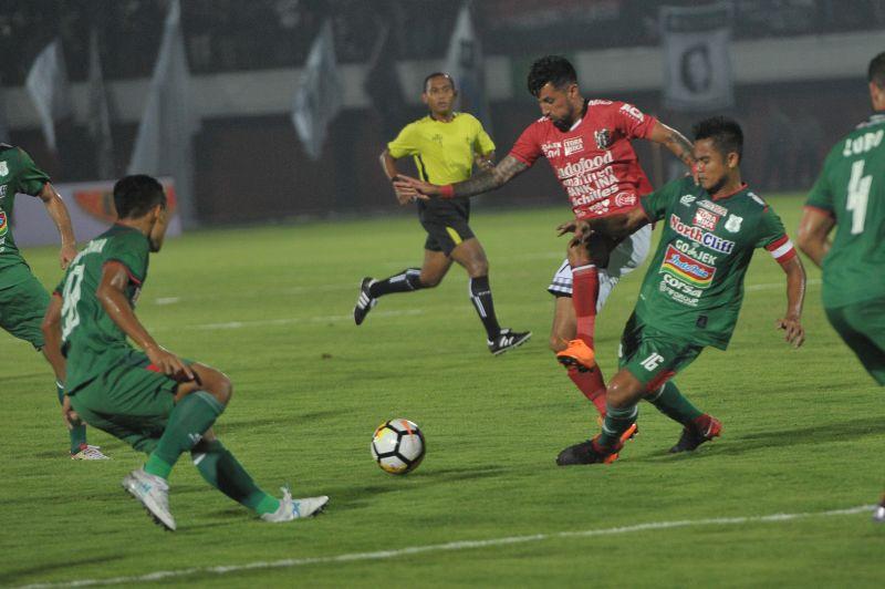 PSMS vs Bali United
