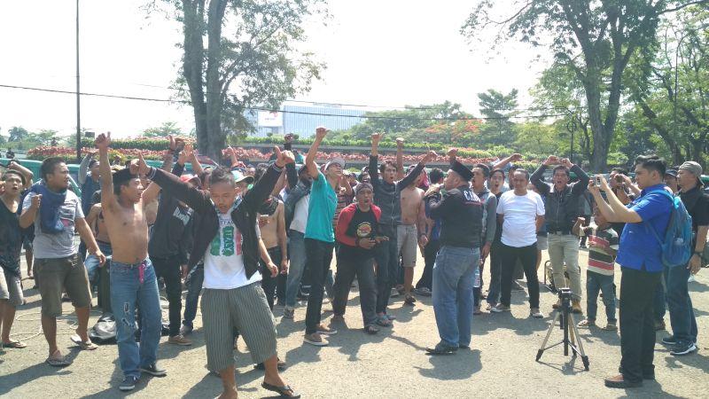 Demo Angkot