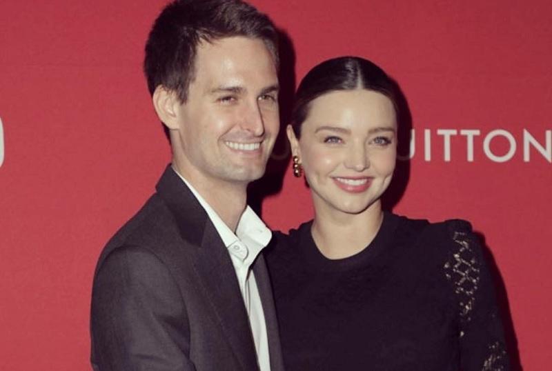 Miranda Kerr dan Spiegel, sang suami