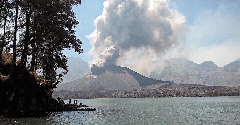5 Gunung Berapi Yang Meletus Dalam 2 Tahun Terakhir Okezone Nasional