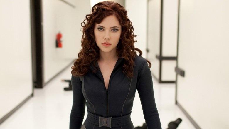 Scarlet Johansson sebagai Black Widow