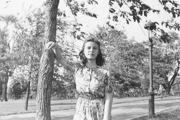 Esther Lederberg (Wonderlist)