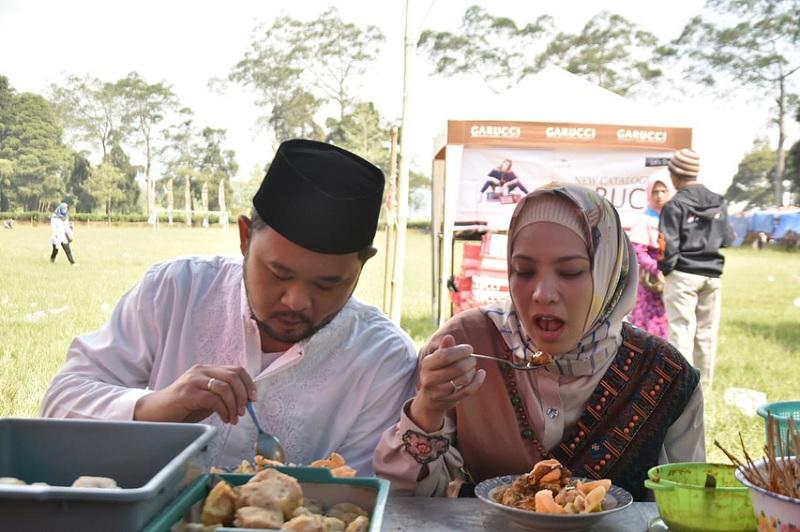 Rachel Maryam dan Suami