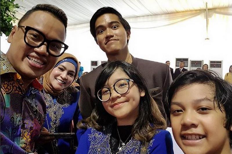 Cinta Kuya dan keluarga. (Foto: Instagram)