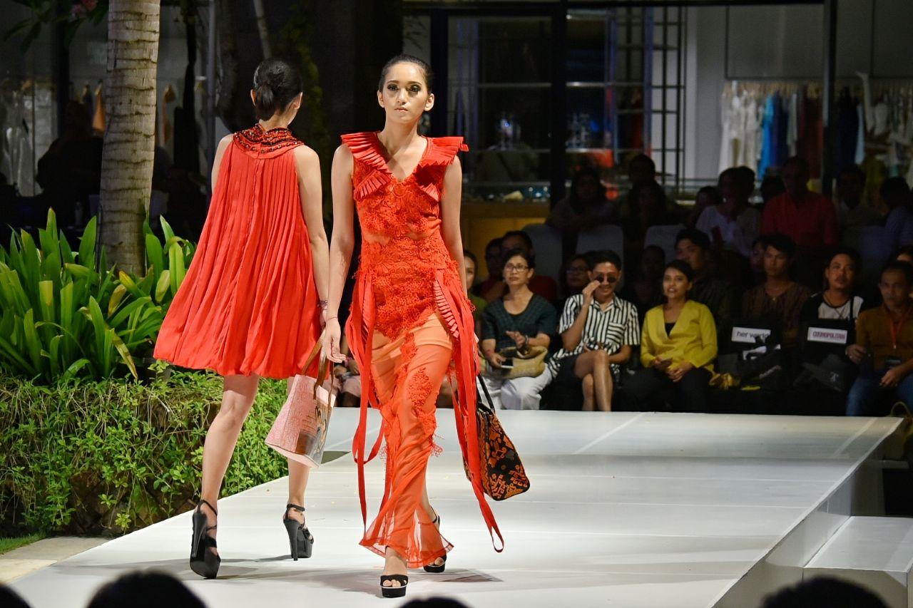 Eksis Di Bali Fashion Week Karya Tas Anak Bangsa Coreta Dipuji Desainer Luar Negeri Okezone Lifestyle
