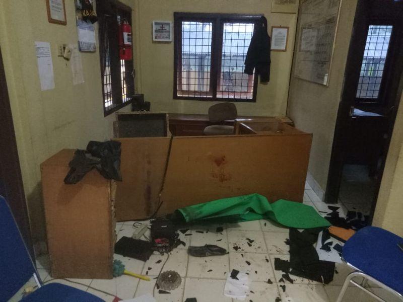 Pasca serangan Polsek Maro Sebo. Foto: Okezone/Azhari