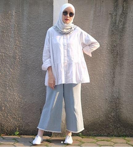 Zaskia Mecca Hingga Angel Lelga Inspirasi Gaya Busana Muslim Dari