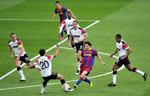 Lionel Messi vs Man United
