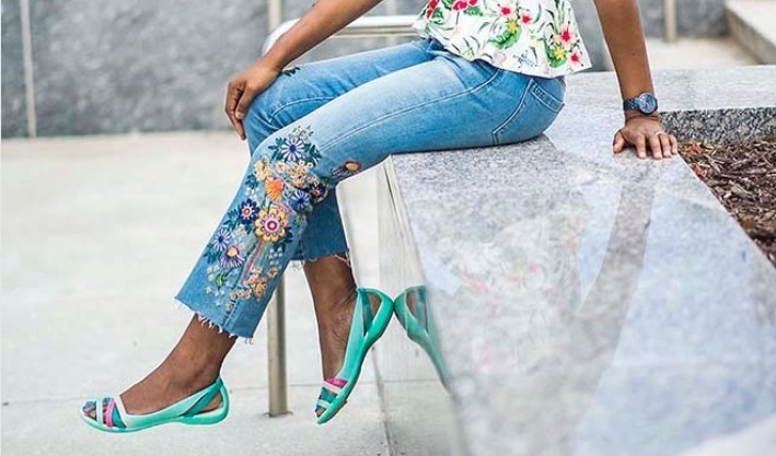 Cek Sepatu Dan Sandal Trendi Ini Untuk Lengkapi Busana Lebaran Kamu