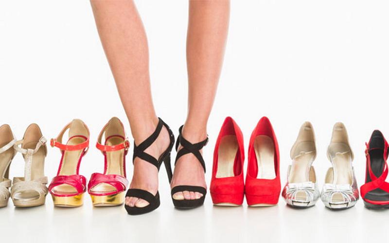 Sepatu (Womansday)