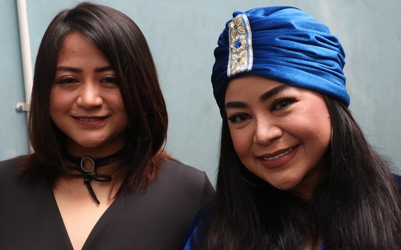 Juwita dan Annisa Bahar