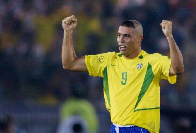Ronaldo Brasil (Mirror)