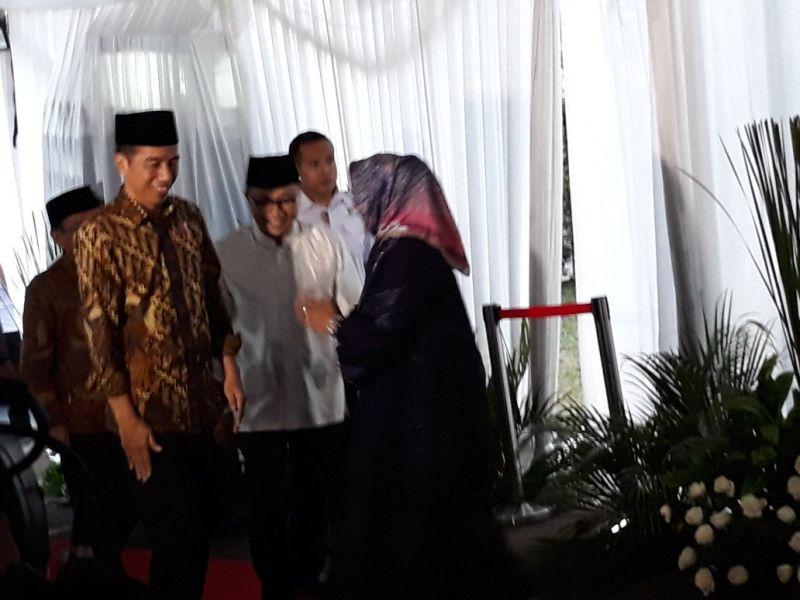 Jokowi Bukber Zulhas (foto: Bayu S/Okezone)