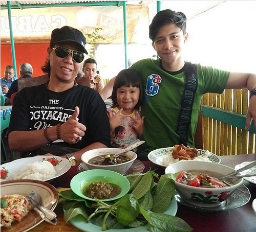 Mastur bersama Ahmad Syaiful