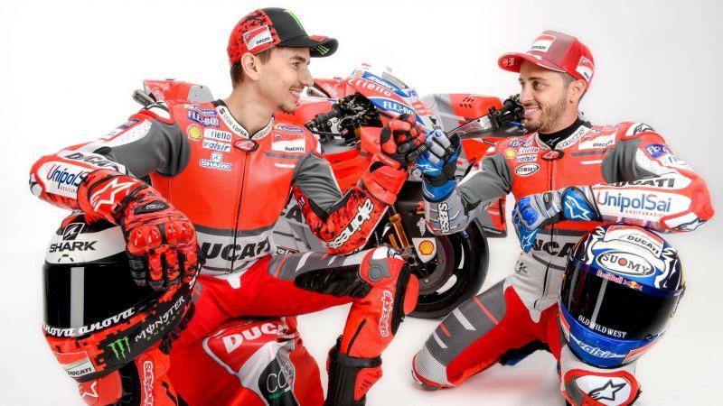 Jorge Lorenzo dan Andrea Dovizioso (Foto: Motorcycle)