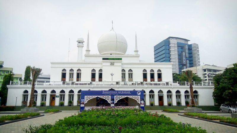Masjid Al Azhar.