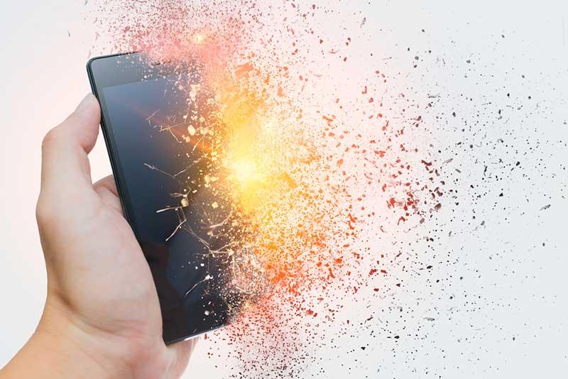 Jaga Ponselmu Agar Tidak Meledak Dengan 4 Cara Ini Gan