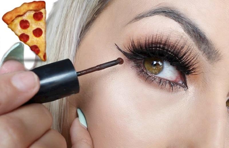 Eyeliner (youtube)