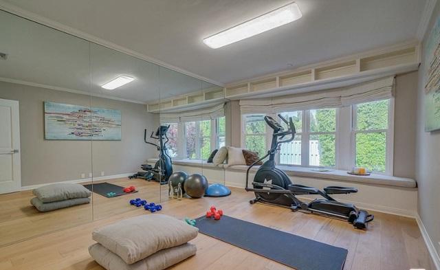 Gym Rumah Selena