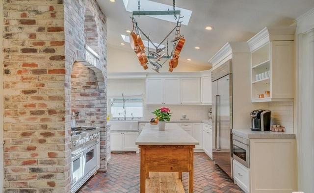 Dapur Rumah Selena