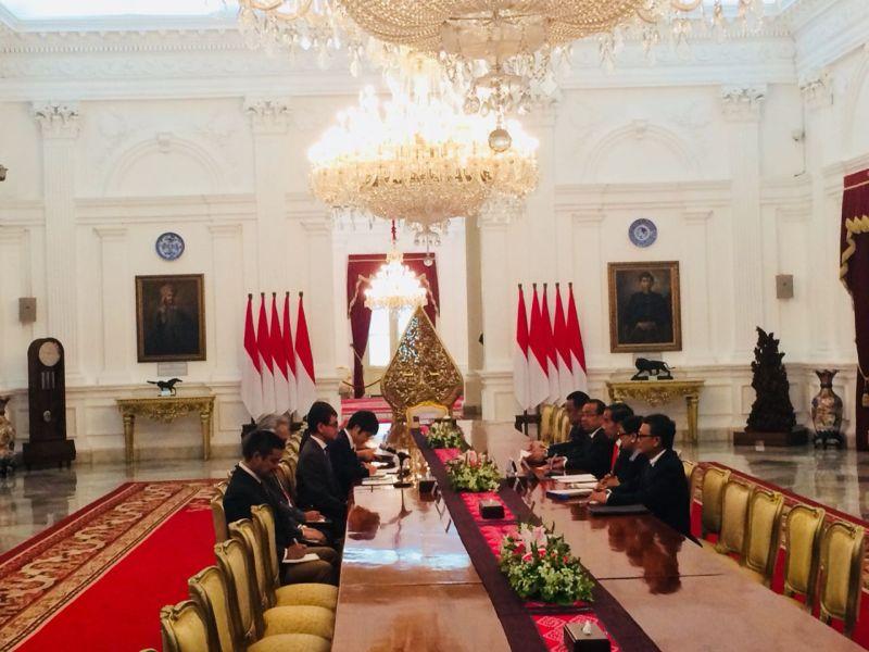 Jokowi Terima Menlu Jepang di Istana Merdeka (foto: Fakhrizal Fakhri/ Okezone)