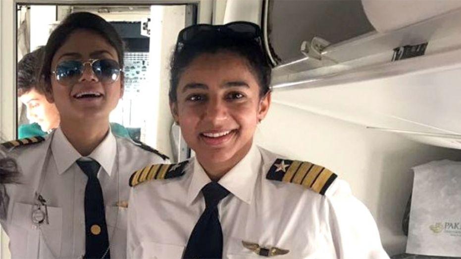 kapten penerbangan bernama Maryam Masood dan pilot Shumaila Mazhar