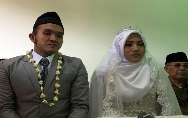 Cisar Putra Aditya dan istri