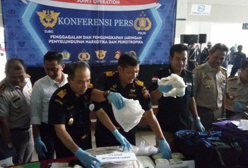 Penyelundupan Sabu di Dalam Popok Melalui Bandara Soekarno-Hatta (foto: Anggun/Okezone)