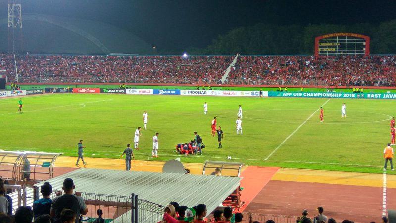 Timnas Indonesia vs Timnas Vietnam (Foto: Okezone/Avirista Midaada)