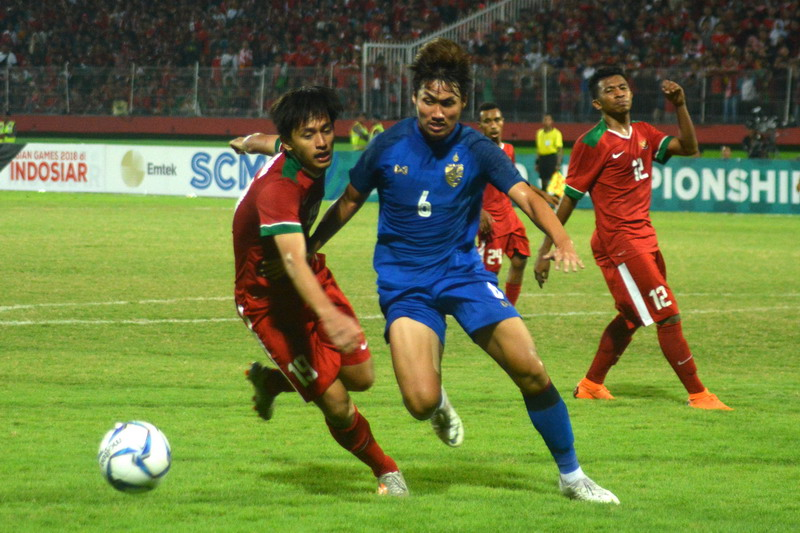 Timnas Indonesia U-19 vs Thailand (Foto: Avirista Midaada/Okezone)