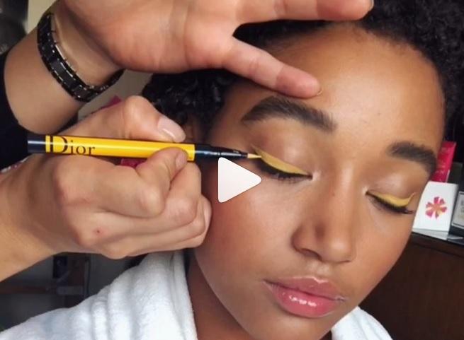eyeliner kuning (elle)