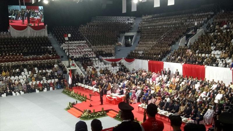 Presiden Jokowi pimpin HUT Ke-72 Bhayangkara. (Foto: Puteranegara Batubara/Okezone)