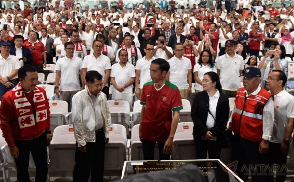 Jokowi saat meresmikan GBK, Minggu 14 Januari 2018. (Foto: Antara)