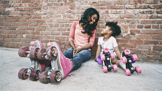 Anak Main Sepatu Roda