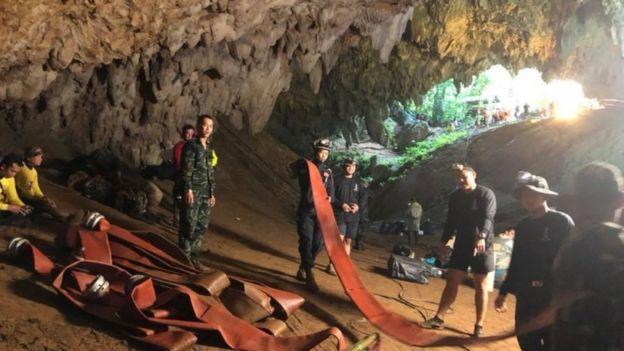 Hikayat menyebutkan bahwa gua adalah cerminan dari alat kelamin seorang putri yang bunuh diri. (Getty Images)
