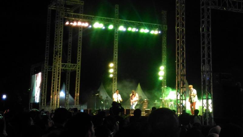 Band Naif