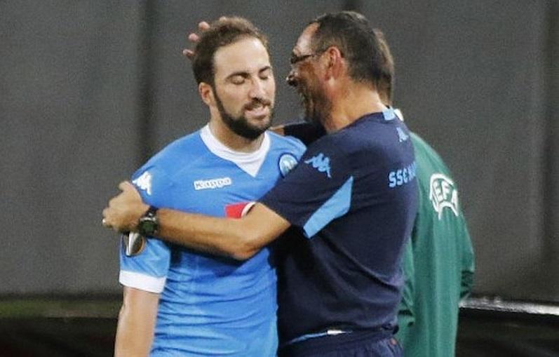 Gonzalo Higuain dan Maurizio Sarri