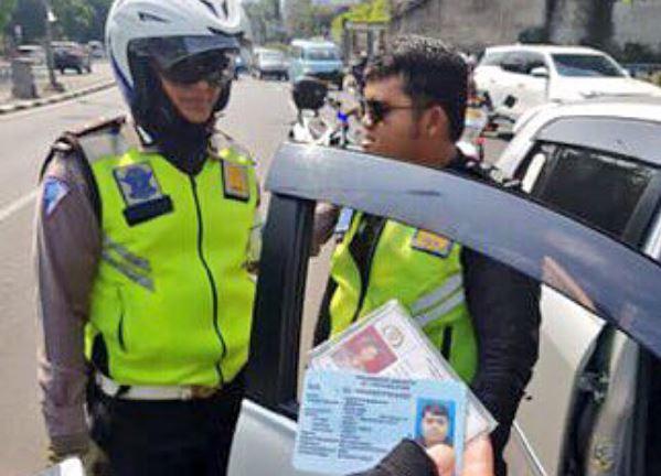 Polisi Gadungan di JLNT Casablanca Jadi Tersangka, Terancam 4 Tahun Bui