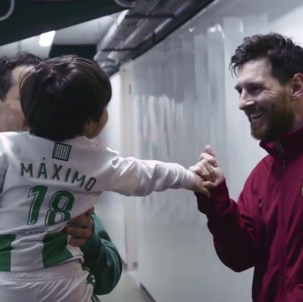 Messi (Mirror)