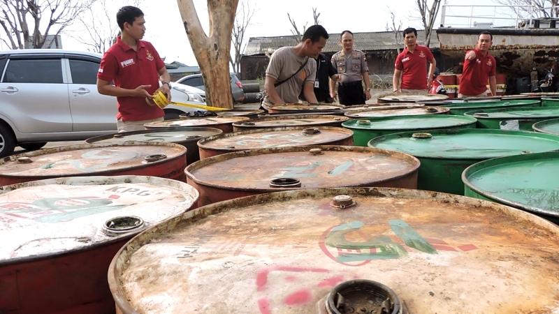 Solar ilegal. Foto: Taufik Budi/Okezone