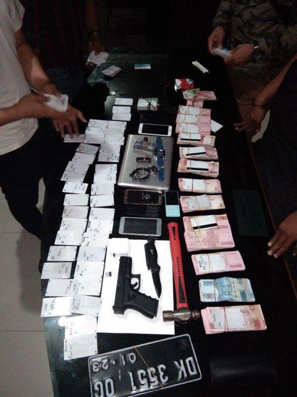 Barang Bukti Penangkapan WNA Bulgaria Pembobol ATM di Bali (foto: Ist)