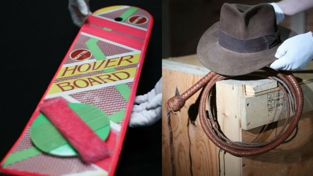 hoverboard Marty McFly dan topi fedora