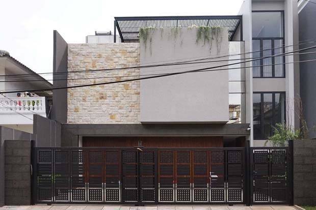 10 Inspirasi Desain Pagar Rumah Minimalis Ini Eye Catching Banget Okezone Lifestyle