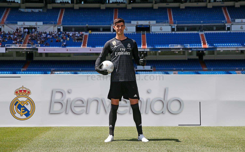 Real Madrid Resmi Perpanjang Kontrak Thibaut Courtois