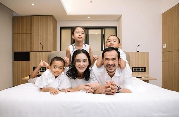 Keluarga Oka Antara