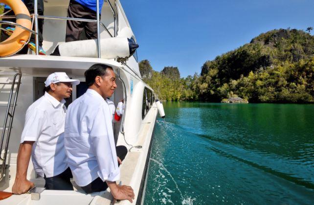 Kunjungi Hanoi, Presiden Jokowi Akan Negosiasikan Batas Wilayah Laut dengan Vietnam