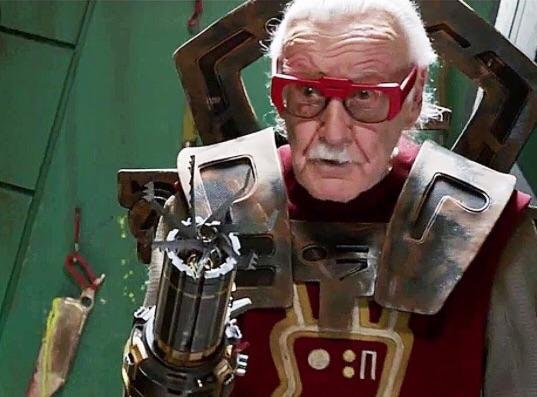 Stan Lee, Buzzer