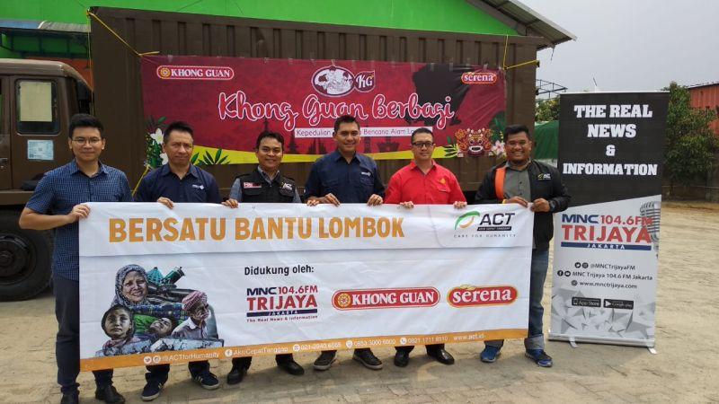 MNC Trijaya Gandeng Khong Guan Sebar Ribuan Kaleng Biskuit untuk Korban Gempa Lombok (foto: Putra RA/Okezone)