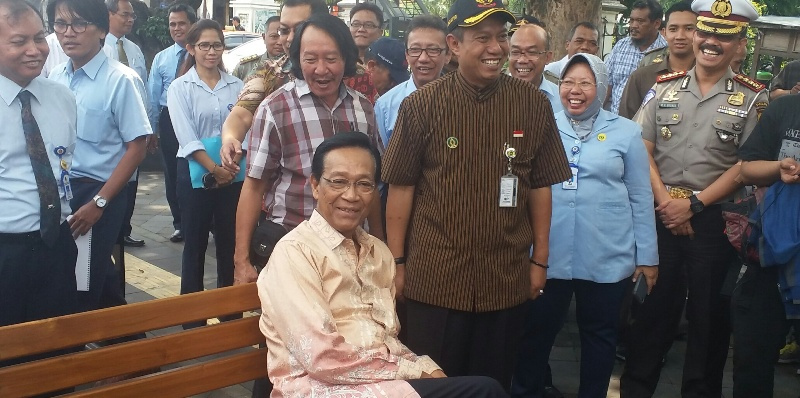 Gubernur DIY Sri Sultan Hamengku Buwono X (Oke)
