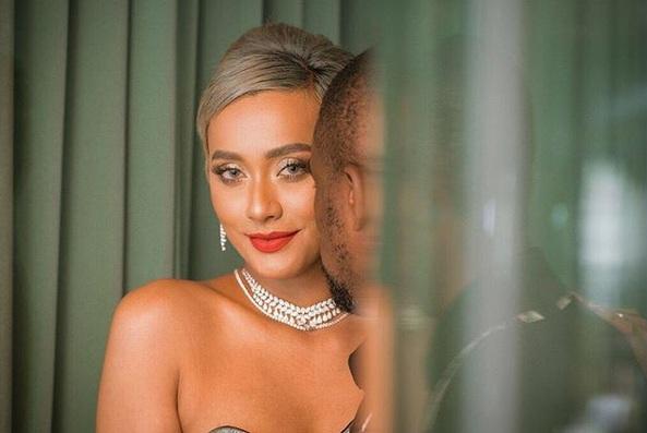 Melanjuti Kisahnya Tersebut Kimmy Pun Mencurahkan Isi Hatinya Melalui Unggahan Di Instagram Ia Mengaku Cukup Lapang Untuk Bisa Menerima Masa Lalu Sang